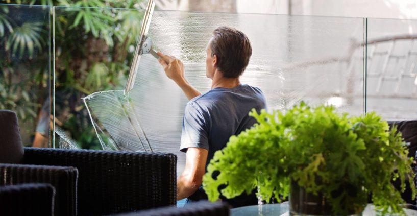 Quelle est la procédure de nettoyage des locaux professionnels ?