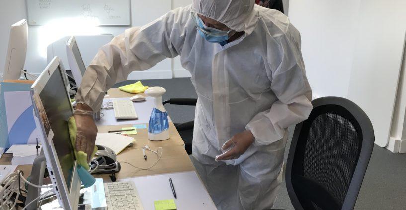 Comment et pourquoi décontaminer vos bureaux et locaux professionnels ?
